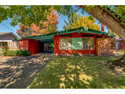 McMinnville Single Family Home For Sale: 615 NE 19th St
