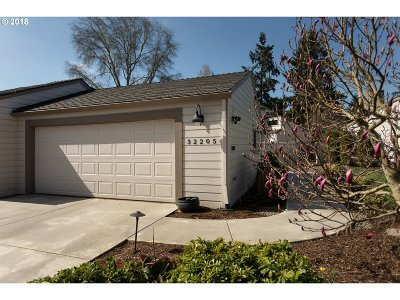 Charbonneau Single Family Home For Sale: 32205 SW Boones Bend Rd