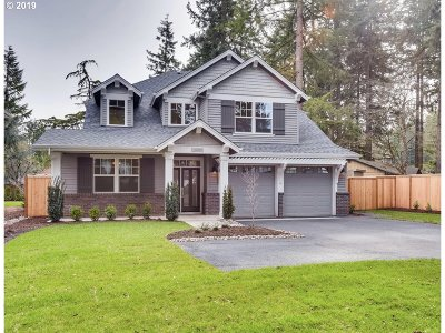 Lake Oswego Single Family Home For Sale: 6048 Lakeview Blvd