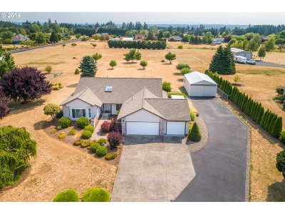 Warren Single Family Home For Sale: 56516 Cascade View Dr