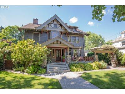 Portland Single Family Home For Sale: 2240 NE Tillamook St