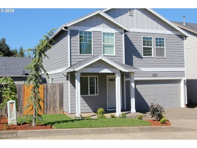 Sandy Single Family Home For Sale: 38827 Redwood St