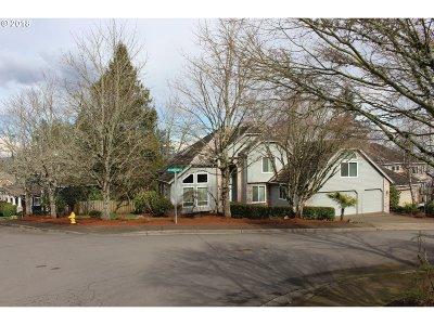 Beaverton Single Family Home For Sale: 17655 SW Casilda Ct