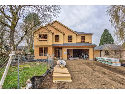 Tigard, Portland Single Family Home For Sale: 11265 SW 79th Ave