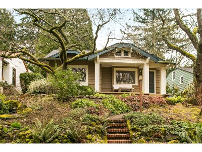 Portland OR Single Family Home For Sale: $825,000