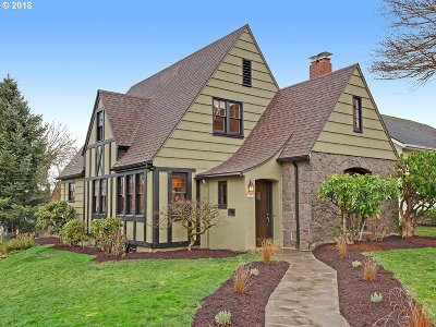 Single Family Home For Sale: 4209 NE Laurelhurst Pl