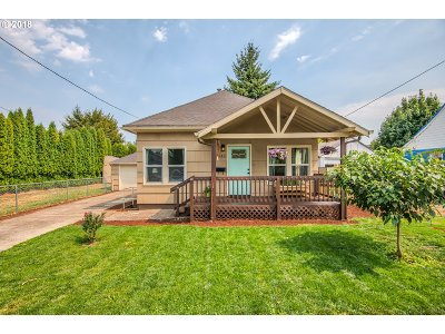 Portland Single Family Home For Sale: 3542 SE 77th Ave