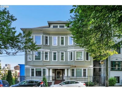 Condo/Townhouse For Sale: 1714 NW Couch St #14