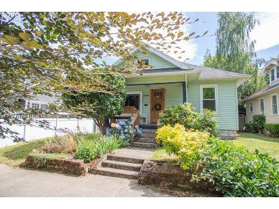 Portland Single Family Home For Sale: 2220 N Watts St
