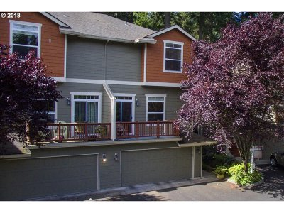 Portland Single Family Home For Sale: 8432 SW Oleson Rd