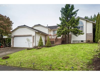 Milwaukie, Clackamas, Happy Valley Single Family Home For Sale: 13891 SE Hampshire Ct