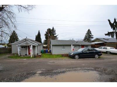 Portland Multi Family Home For Sale: 5415 NE Holman St