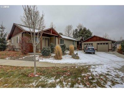 Bend Multi Family Home For Sale: 839 NE Hidden Valley Dr NE