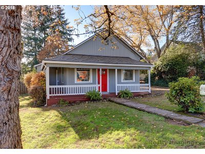 West Linn Single Family Home For Sale: 2328 Sunset Ave