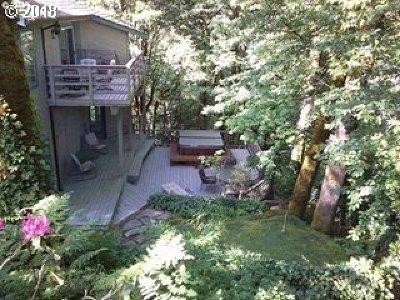 Lake Oswego, West Linn Multi Family Home For Sale: 19655 Sun Cir