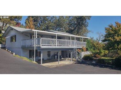 Roseburg Single Family Home For Sale: 1080 Black Oak Dr
