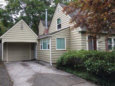 Single Family Home For Sale: 10526 NE Morris St