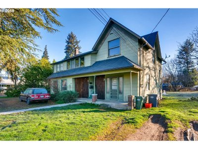 Hillsboro Single Family Home For Sale: 548 SE 6th Ave