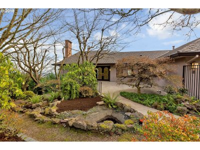 Portland Single Family Home For Sale: 1034 SW Myrtle Dr
