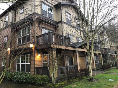 Sherwood, King City Condo/Townhouse For Sale: 22804 SW Forest Creek Dr #101
