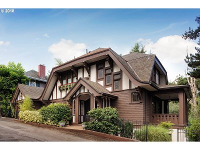 Portland Single Family Home For Sale: 1987 SW Montgomery Pl