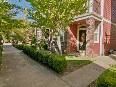 Gresham Single Family Home For Sale: 1946 NW Florence Ave