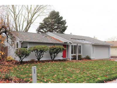 Beaverton Single Family Home For Sale: 13320 SW Haystack Dr