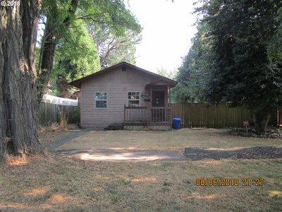 Salem Multi Family Home For Sale: 1175 Nebraska Ave NE