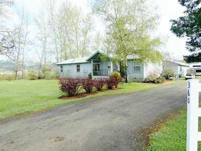 Roseburg Single Family Home For Sale: 360 Misty Ln