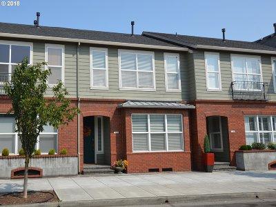 Fairview Single Family Home For Sale: 1410 NE Village St