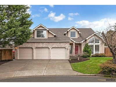 Beaverton Single Family Home For Sale: 948 NW 162nd Ter