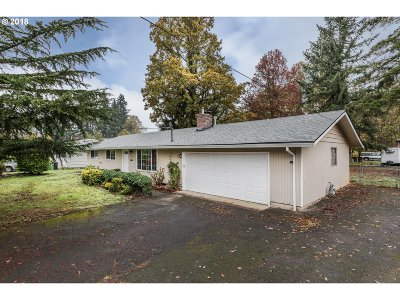 St. Helens Single Family Home For Sale: 2724 Sykes Rd