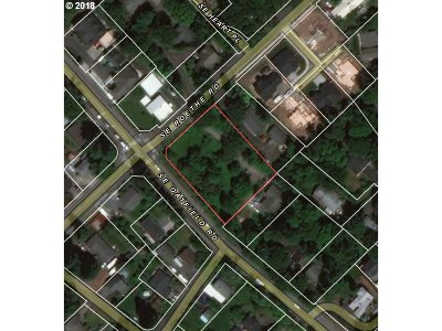 Milwaukie Residential Lots & Land For Sale: 5200 SE Roethe Rd
