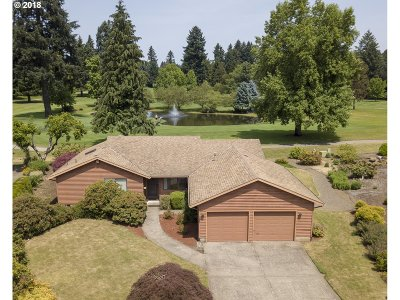 Canby Single Family Home Pending: 1900 N Country Club Dr
