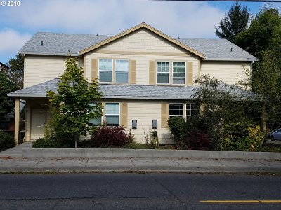 Clackamas County, Multnomah County, Washington County Multi Family Home For Sale: 3507 NE 7th Ave