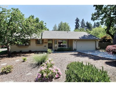 Beaverton Single Family Home For Sale: 6690 SW 152nd Ave