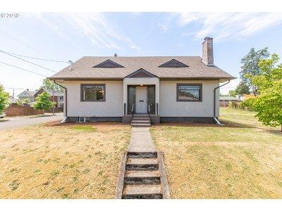 Clackamas County, Multnomah County, Washington County Single Family Home For Sale: 5706 N Oberlin St