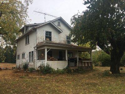 Veneta Single Family Home For Sale: 25568 Wolf Creek Rd