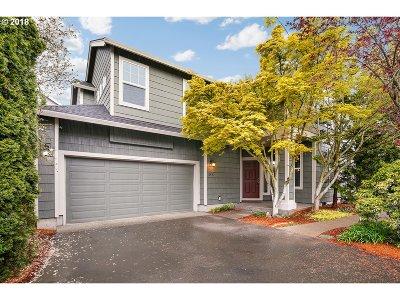 Hillsboro Single Family Home For Sale: 2451 NE 13th Way