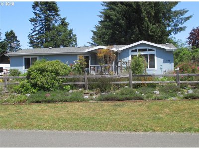 Bandon Single Family Home For Sale: 1155 6th St SE