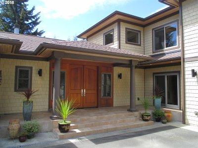 Bandon Single Family Home For Sale: 89568 Sunny Loop Ln