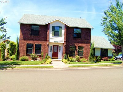 Single Family Home For Sale: 5392 SE 13th Ct