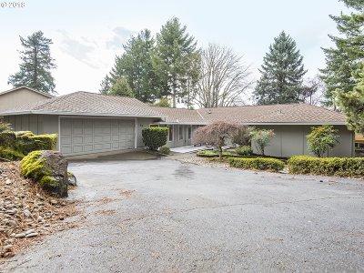 Lake Oswego Single Family Home For Sale: 14 Othello St