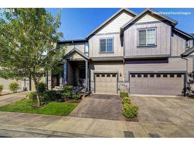 Hillsboro Single Family Home For Sale: 3143 NE 14th Pl