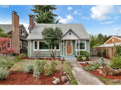 Portland Single Family Home For Sale: 4315 NE 64th Ave