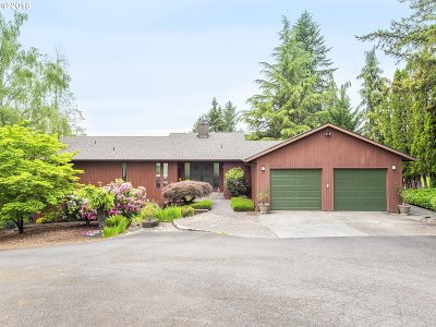 Oregon City Single Family Home For Sale: 15610 S Portland View Dr