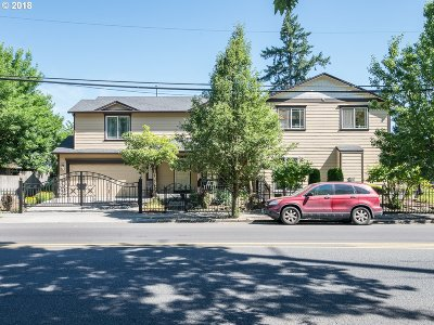 Clackamas County, Multnomah County, Washington County Multi Family Home For Sale: 4423 SE 90th Ave