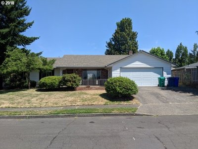 Gresham Single Family Home For Sale: 1414 SE 208th Ave