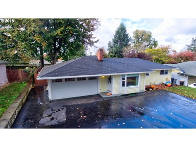 Single Family Home For Sale: 3305 SE 182nd Ave