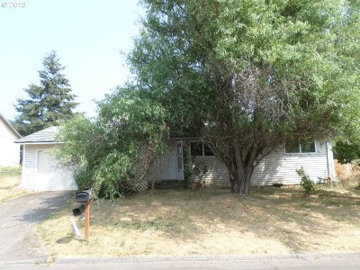 Milwaukie, Gladstone Single Family Home For Sale: 12414 SE 71st Ave